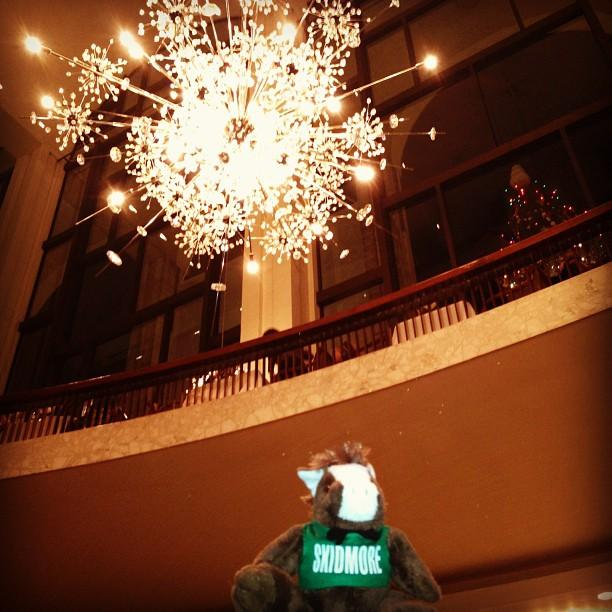 Enjoying%20the%20Hans%20Harald%20Roth%20chandeliers%20at%20the%20Met