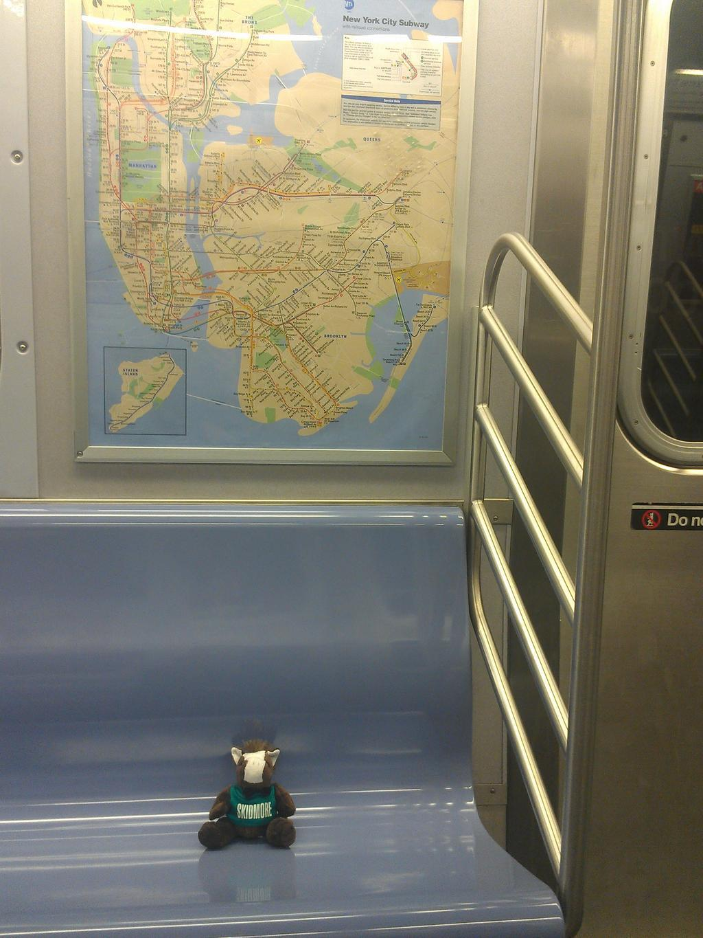 %23SkidsOnTheLoose%20in%20the%20NYC%20subway.%20Looking%20for%20that%20%40gregmocker%20guy.%20