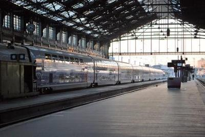 France - Matt Rothenberg - Gare De Lyon, Dawn - 2011