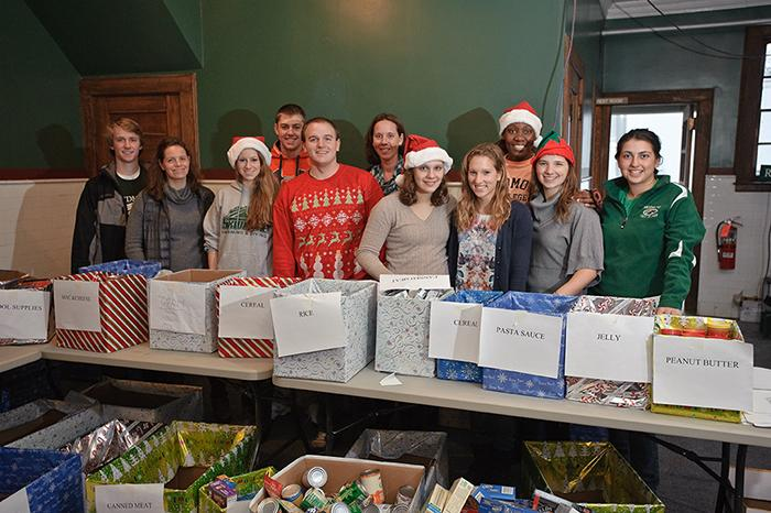 Skidmore students ready to sort donations on Skidmore Cares Friday