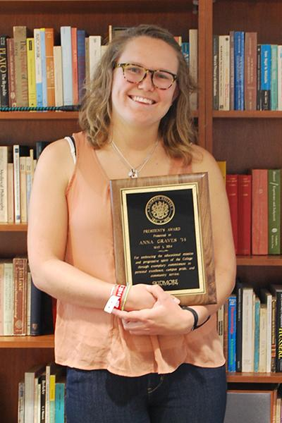 Anna Graves '14: The President's Award.