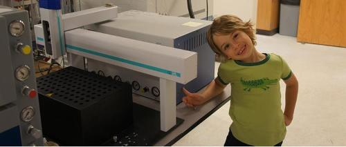 Luc Frappier and the SPA Lab gas bench