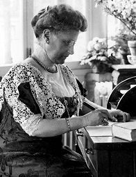 Lucy Skidmore Scribner at her desk