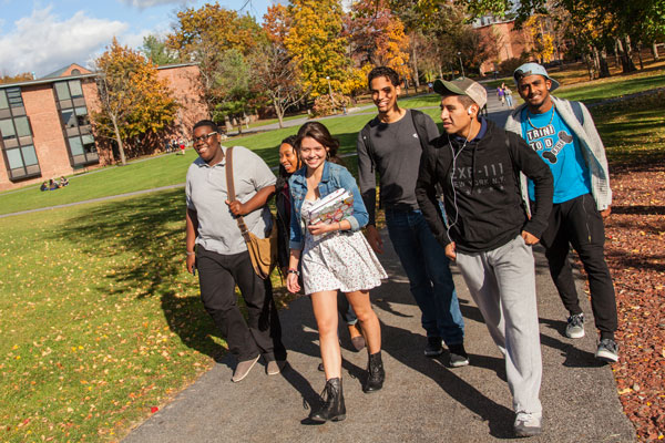 students walking the Skidmore campus