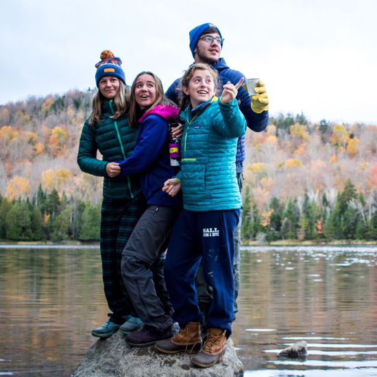 Skidmore students hike in the Adirondack park
