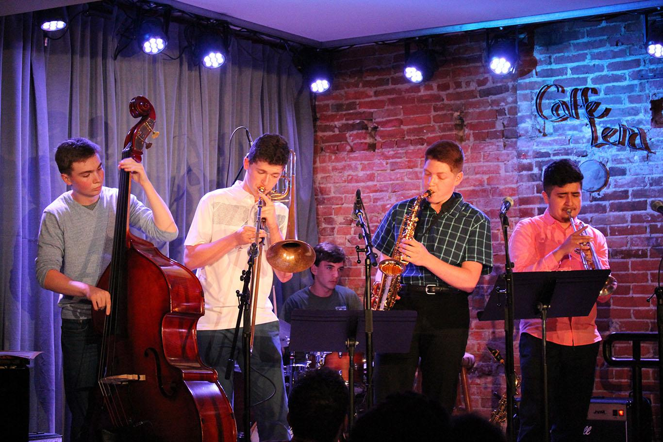 Jazz%20Participants%20perform%20at%20Caffe%20Lena%20in%20downtown%20Saratoga