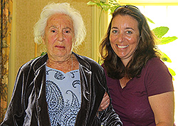 Barbara Stroock Kaufman '40 and her granddaughter, Stacey Gerrish '87