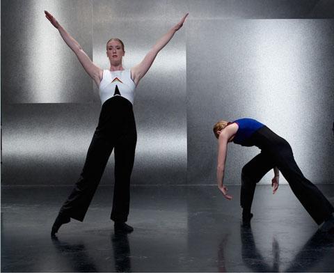 Scene+from+Doubletrack+by+Debra+Fernandez