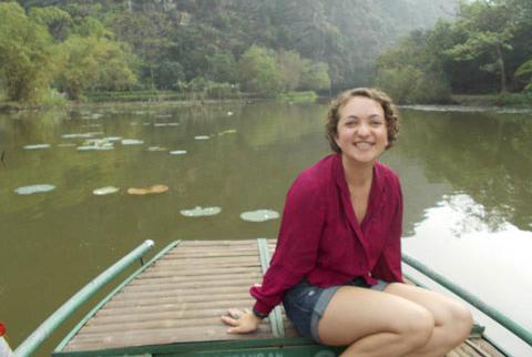 Eliza+Sherpa+%3F14+traveled+to+Vietnam+during+her+Skidmore+career.