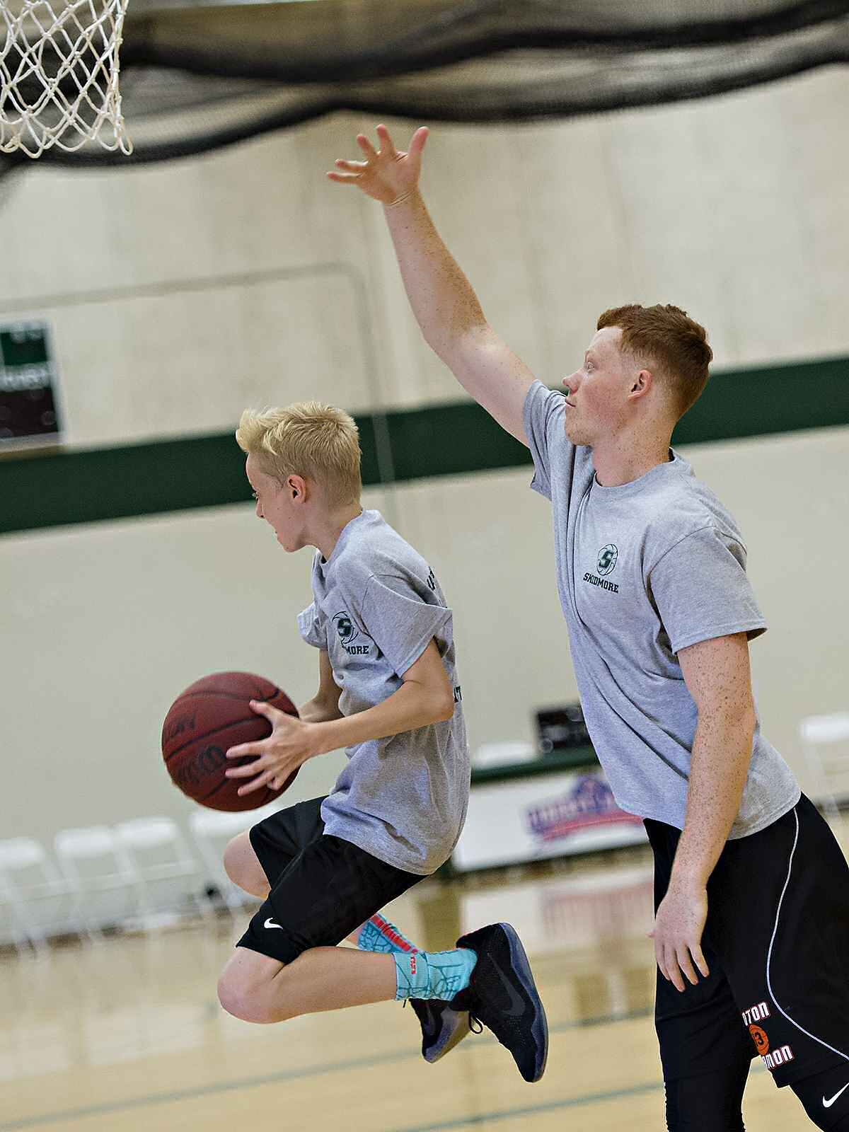 A high-flying camper takes on 6-foot 4-inch Pat Gallagher '20.