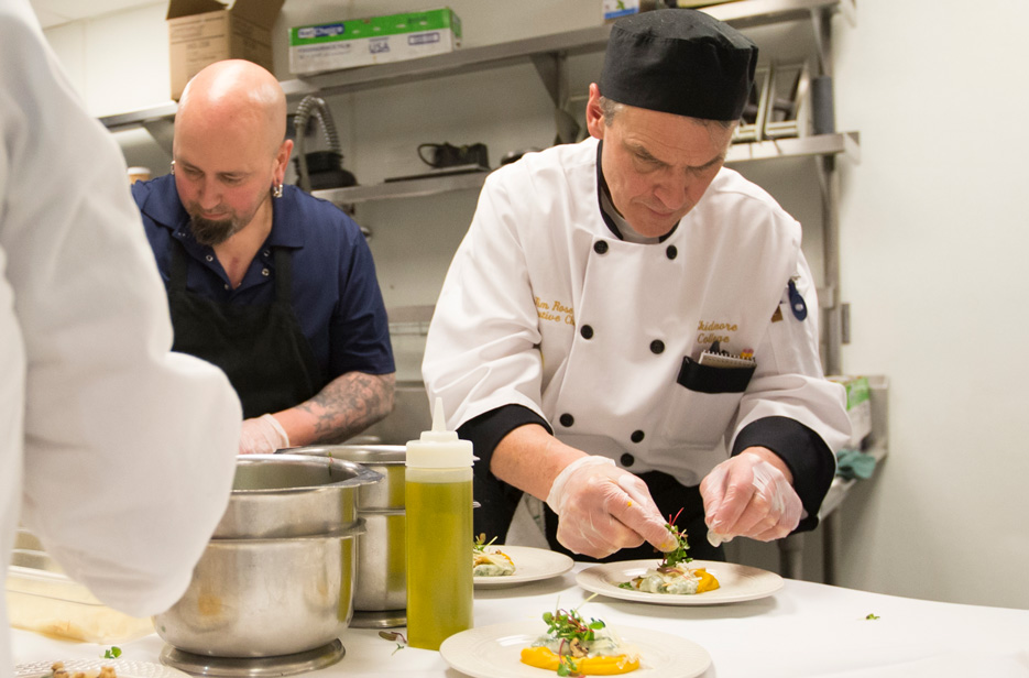 Skidmore chefs prepare plates for culinary competition