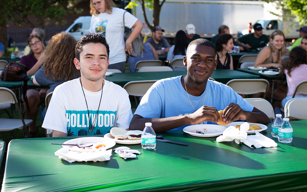 students at Skidmore College Founder's Day Barbeque