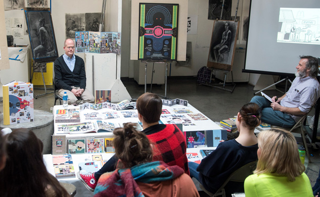 Chris Ware speaks to students in Associate Professor Paul Sattler's drawing class