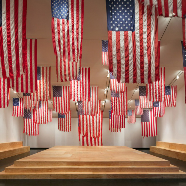 American+flags+as+part+of+an+exhibition+at+the+Tang